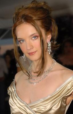 32S4 Angelina